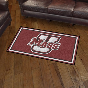 Picture of UMass 3'x5' Plush Rug