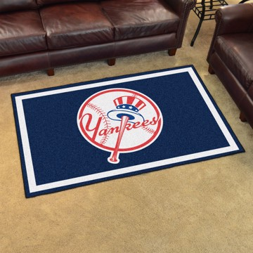 Picture of MLB - New York Yankees 4'x6' Plush Rug