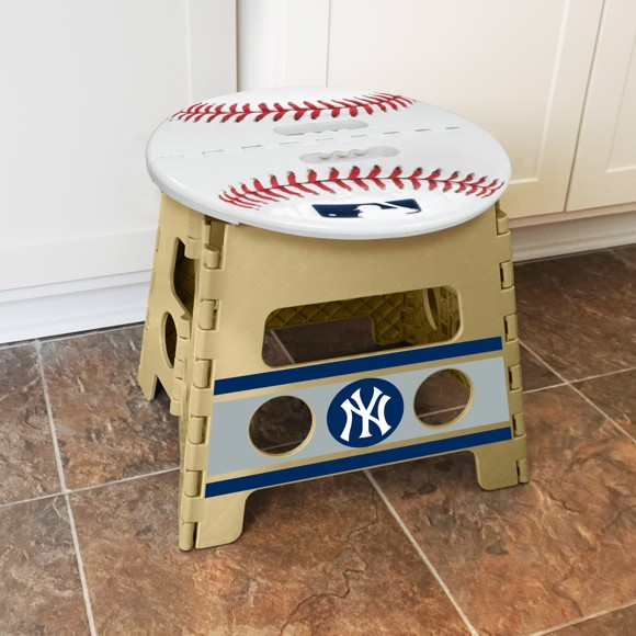 Picture of MLB - New York Yankees Folding Step Stool