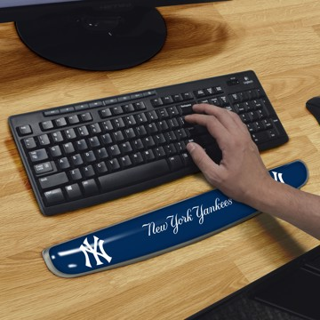 Picture of MLB - New York Yankees Keyboard Wrist Rest