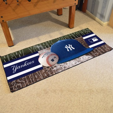 Picture of MLB - New York Yankees Baseball Runner