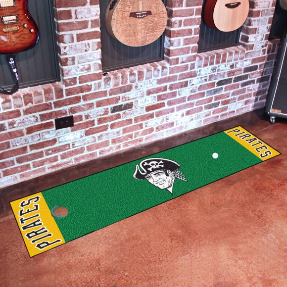 Picture of MLB - Pittsburgh Pirates Retro Putting Green Mat