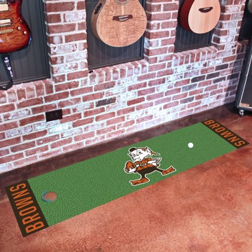 Picture of Cleveland Browns Putting Green Mat - Vintage